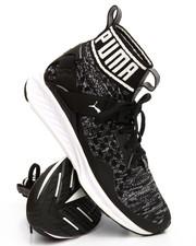 Footwear - Ignite EvoKnit Womens Sneaker