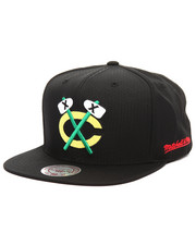 NBA, MLB, NFL Gear - Chicago Blackhawks Black Ripstop Honeycomb Snapback Cap