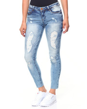 Women - Raw Edge Hem Ripped Jean