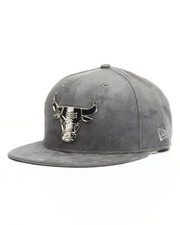 Snapback - 9Fifty Chicago Bulls Silver Metal Badge Custom Hat