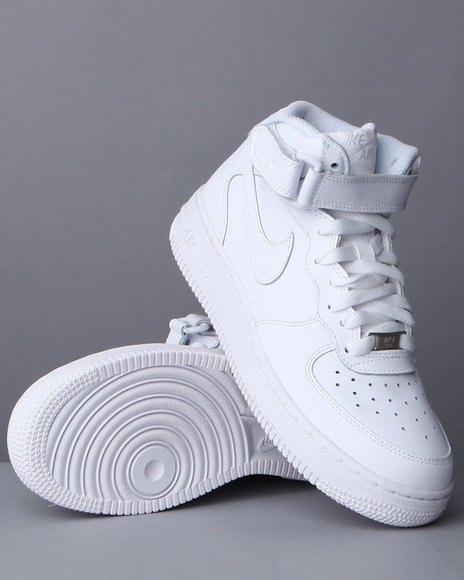 Nike Boys White Air Force 1 Mid Sneakers (3.5-7)