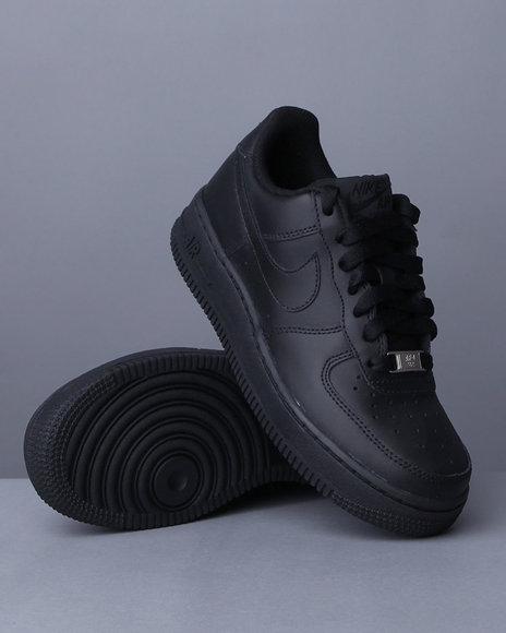 Nike Boys Air Force 1 07 Le Sneakers - Footwear