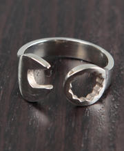 DJP OUTLET - Monkey Wrench Ring
