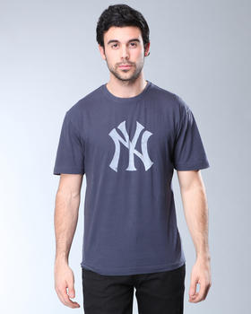 DJP OUTLET - Red Jacket New York Yankees Brass Tack T-Shirt