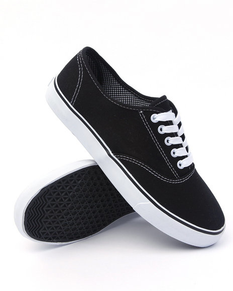 - Light Weight Low Canvas Sneaker